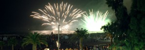 Fuegos artificiales en playa