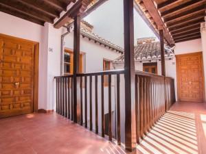 Granada Nahira Suites