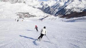 Formigal-esquiadores--644x362