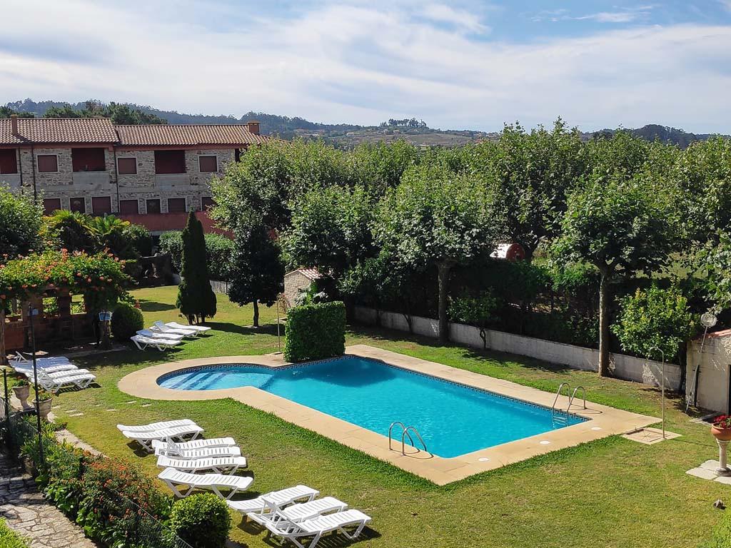 Foto: piscina Apartamentos Revo Salinas 3000