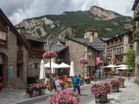 Ordino centro Andorra Estación Vallnord Ordino