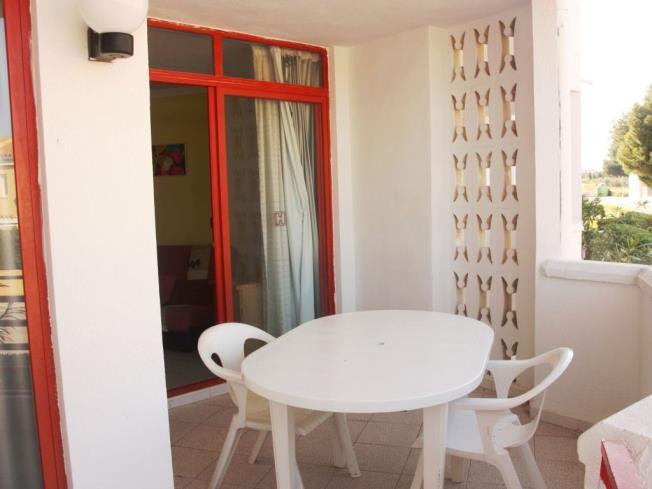 Terraza Apartamentos Habitat--Playa Romana 3000 Alcoceber