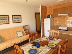 salon-1-apartamentos-mar-de-peniscola-casablanca-3000peniscola-costa-azahar.jpg
