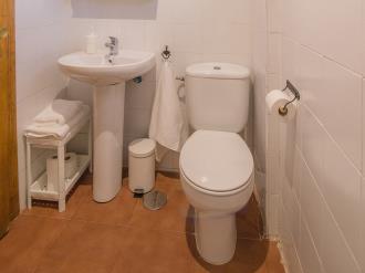 bano-apartamentos-granada-nahira-suites.jpg