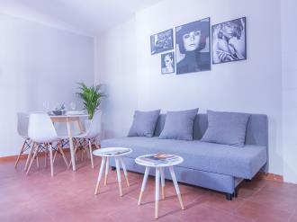 salon-comedor_3-granada-nahira-suites-3000granada-andalucia.jpg