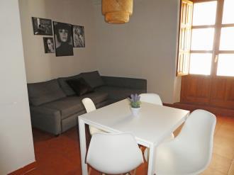 salon_1-granada-nahira-suites-3000granada-andalucia.jpg