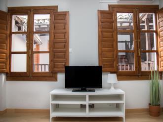 salon_8-granada-nahira-suites-3000granada-andalucia.jpg