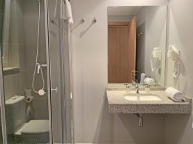 bano-1-apartamentos-vallnord-3000arinsal-estacion-vallnord.jpg