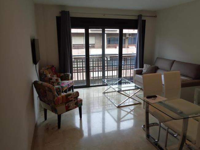 salon-apartamentos-lorena-dreams-3000-granada-andalucia.jpg