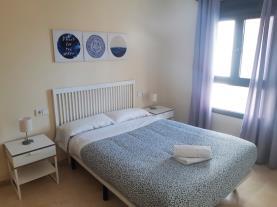 dormitorio-4-apartamentos-lorena-dreams-3000granada-andalucia.jpg