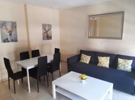salon-comedor-1-apartamentos-lorena-dreams-3000granada-andalucia.jpg