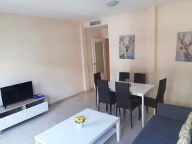 salon-comedor-2-apartamentos-lorena-dreams-3000granada-andalucia.jpg