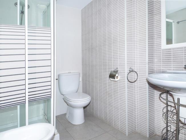 bano_5-apartamentos-gandia-playa-centro-3000gandia-costa-de-valencia.jpg