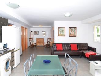 salon-comedor_4-apartamentos-gandia-playa-centro-3000gandia-costa-de-valencia.jpg
