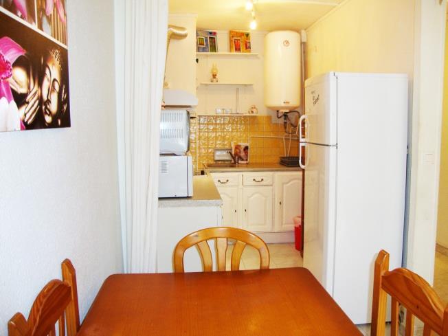 cocina_5-apartamentos-vaquers-3000pas-de-la-casa-estacion-grandvalira.jpg