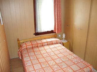 dormitorio_5-apartamentos-vaquers-3000pas-de-la-casa-estacion-grandvalira.jpg