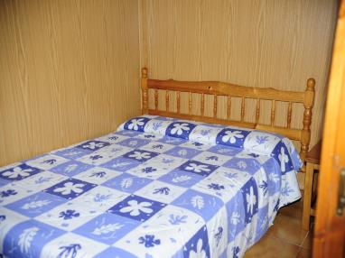 dormitorio_3-apartamentos-vaquers-3000pas-de-la-casa-estacion-grandvalira.jpg