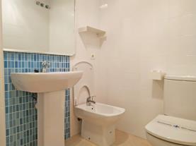 bano-3-apartamentos-los-almendros-3000oropesa-del-mar-costa-azahar.jpg
