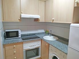 cocina-2-apartamentos-los-almendros-3000oropesa-del-mar-costa-azahar.jpg