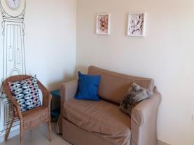 salon-apartamentos-los-almendros-3000-oropesa-del-mar-costa-azahar.jpg