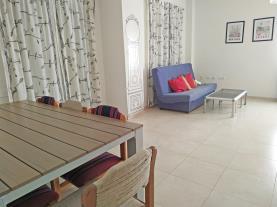 salon-comedor-apartamentos-los-almendros-3000-oropesa-del-mar-costa-azahar.jpg