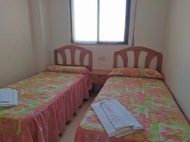 dormitorio-15-apartamentos-gandia-beach-3000gandia-costa-de-valencia.jpg