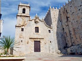 Peniscola-iglesia   España