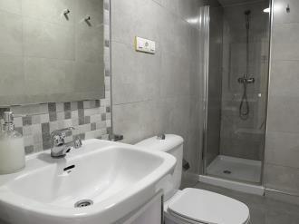 bano_1-apartamentos-paloma-3000granada-andalucia.jpg