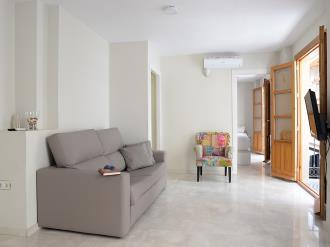 salon-apartamentos-paloma-3000-granada-andalucia.jpg