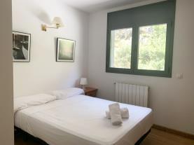 dormitorio-3-apartamentos-canillo-3000canillo-estacion-grandvalira.jpg