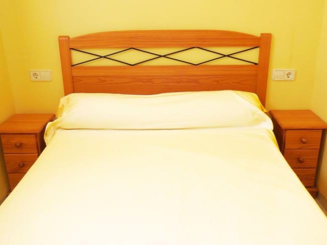 Dormitorio4-Apartamentos-Las-Fuentes-3000-ALCOCEBER-Costa-Azahar.jpg