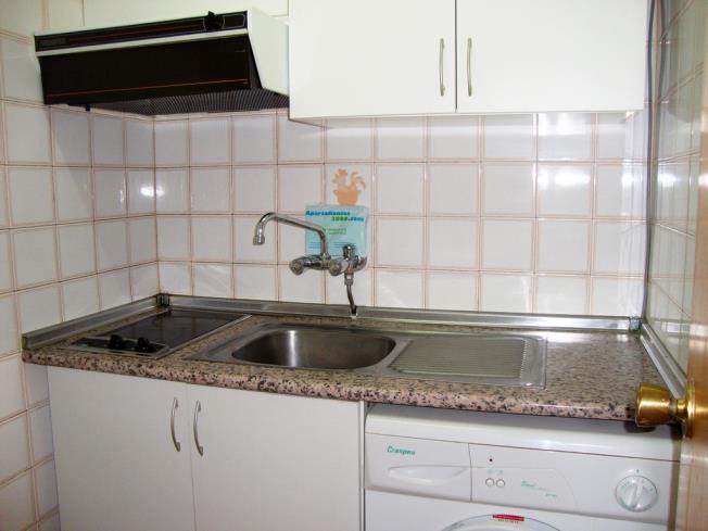 cocina_5-apartamentos-las-fuentes-3000alcoceber-costa-azahar.jpg