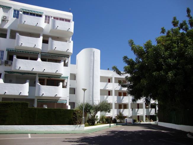 Fachada Verano Apartamentos Las Fuentes 3000 Alcoceber