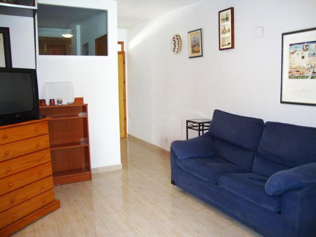 salon-apartamentos-las-fuentes-3000-alcoceber-costa-azahar.jpg