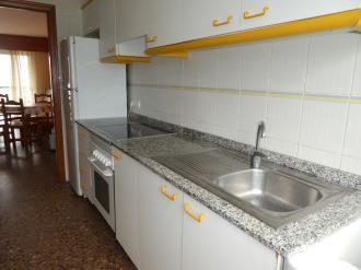 cocina_10-apartamentos-jardines-de-gandia-i-y-ii-3000gandia-costa-de-valencia.jpg