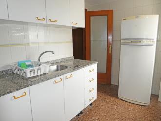 cocina_2-apartamentos-jardines-de-gandia-i-y-ii-3000gandia-costa-de-valencia.jpg