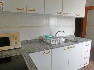 cocina_3-apartamentos-jardines-de-gandia-i-y-ii-3000gandia-costa-de-valencia.jpg