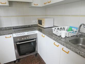 cocina_5-apartamentos-jardines-de-gandia-i-y-ii-3000gandia-costa-de-valencia.jpg