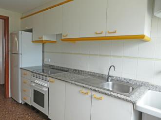cocina_8-apartamentos-jardines-de-gandia-i-y-ii-3000gandia-costa-de-valencia.jpg