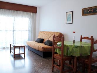 salon_4-apartamentos-jardines-de-gandia-i-y-ii-3000gandia-costa-de-valencia.jpg
