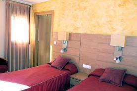 Dormitorio-Apartamentos-Arans-3000-ARANS-Estación-Vallnord.jpg