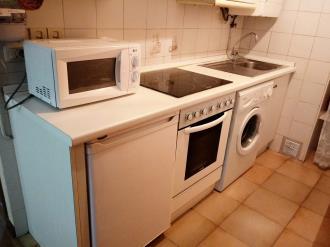 cocina_1-apartamentos-sallent-de-gallego-3000sallent-de-gallego-pirineo-aragones.jpg