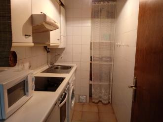 cocina_4-apartamentos-sallent-de-gallego-3000sallent-de-gallego-pirineo-aragones.jpg