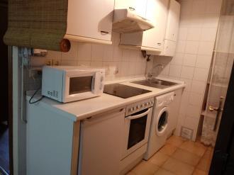 cocina_6-apartamentos-sallent-de-gallego-3000sallent-de-gallego-pirineo-aragones.jpg