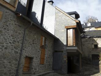 Fachada Invierno España Pirineo Aragonés Sallent de Gallego Apartamentos Sallent de Gállego 3000