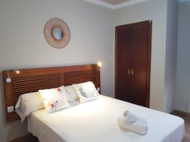 dormitorio-20-apartamentos-alhambra-granada-3000granada-andalucia.jpg