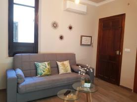 salon-4-apartamentos-alhambra-granada-3000granada-andalucia.jpg