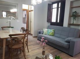 salon-comedor-11-apartamentos-alhambra-granada-3000granada-andalucia.jpg