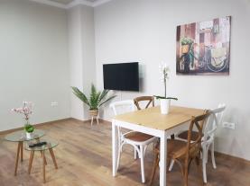 salon-comedor-4-apartamentos-alhambra-granada-3000granada-andalucia.jpg