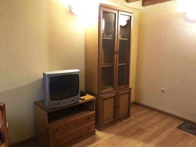 salon_10-apartamentos-canfranc-3000canfranc-pirineo-aragones.jpg